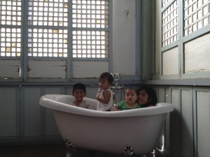 Tub Kids
